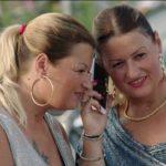 Guai per le gemelle Pamela e Sue Ellen del film Come un gatto in tangenziale