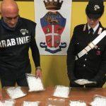 Romano di 44 anni arrestato per droga: era a bordo di un'auto in via Corinaldo