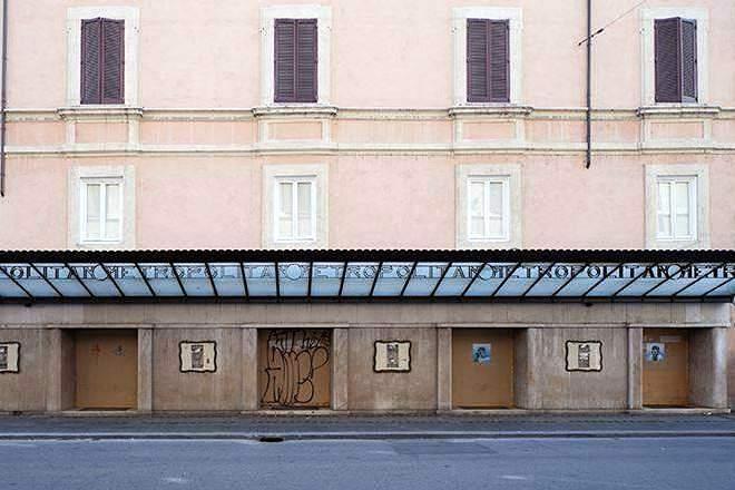 ex cinema metropolitan Roma