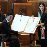 Virginia Raggi ha conferito al Maestro Ezio Bosso la Cittadinanza onoraria