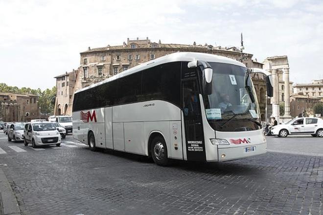 bus turistici Roma via petroselli