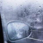 Cosa fare quando si appanna il vetro mentre si è alla guida