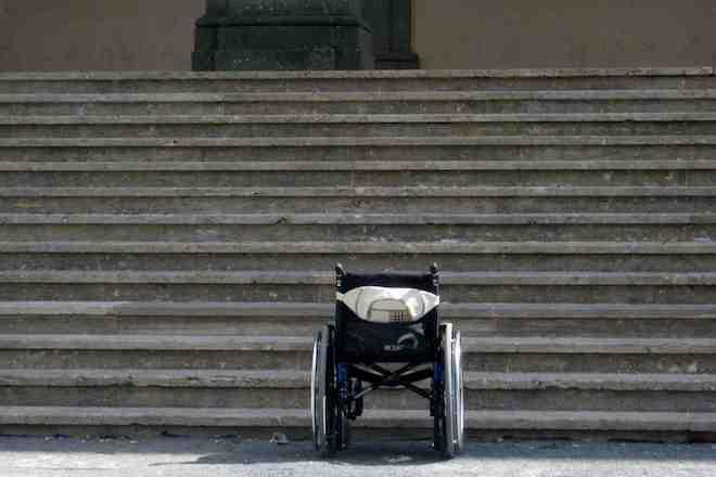 barriere architettoniche a Roma