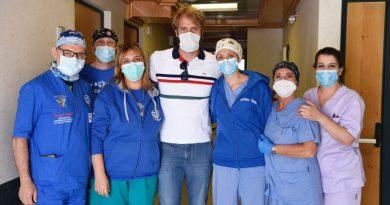 Team Smile House con Massimiliano Rosolino_ photo Margherita Mirabella