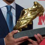 La Lazio gioca per Immobile e lui conquista la scarpa d'oro