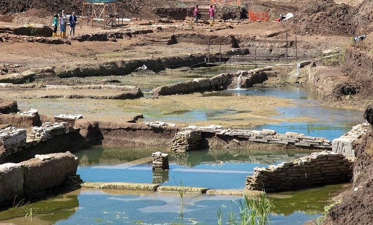 scavi vasca roma
