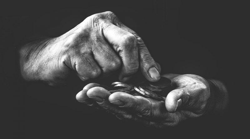 povertà - Foto di Frantisek Krejci da Pixabay
