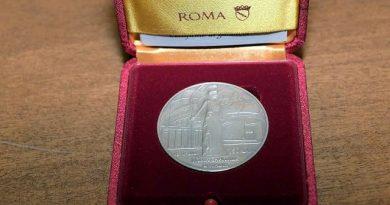 natale di roma medaglia 2021