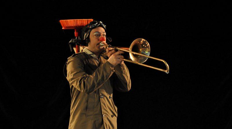 clown trombone