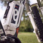 Quali sono i vantaggi di una bici elettrica su un'auto o una bicicletta?